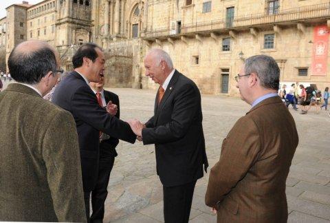 Imaxes visita o Reitorado - Xornadas sobre autonomías en España e China: Galicia como exemplo
